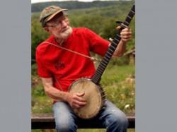 Folk Singer Activist Pete Seeger Dies Aged