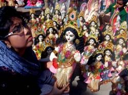Kolkata Celebrates Saraswati Puja