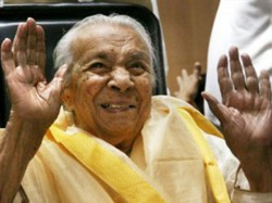 Zohra Sehgal Too Old For A Flat Says Central Govt