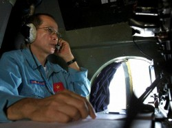 Malaysian Jet Tracked Over Strait Of Malacca Says Military