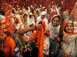 Vridavan Widows Play Holi For The First Time