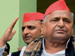 Mulayam Accuses Ncw Of Insulting Him