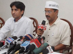 Take Bribes From All Vote For Us Says Kejriwal