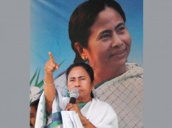 Saradha Scam Emerges As Major Issue For Mamata Banerjee In Wb Election