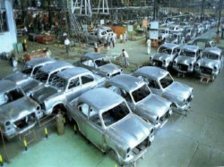 Suspension Of Work At Hindustan Motors 2300 Employees Jobless