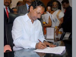Kcr Announces Several Popular Schemes Telangana May Face Financial Crunch