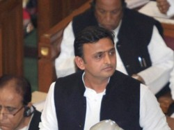 Akhilesh Yadav Moves Police Chiefs Of Five Districts