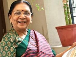 Gujarat Cm Anandiben Patel Meets Pm Narendra Modi