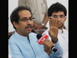 Uddhav Thackeray Compares Sharad Pawar With 26 11 Mastermind Hafiz Saeed