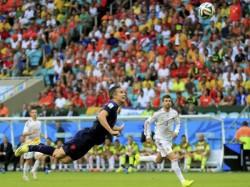 Fifa World Cup 2014 Netherlands Destroy Defenders Spain 5 1 Goal