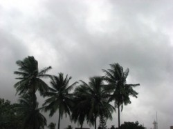 Monsoon To Reach Bengal By 3 4 Days Scorching Summer Will End