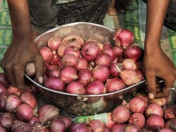 Strike In Nasik Market Continues Price Of Onions May Skyrocket Within A Few Days