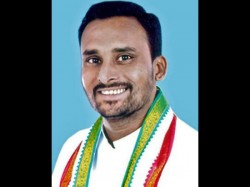 Congress Mla Slapped Two Policemen In Bar Threatened Cops