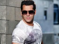 Salman Khan Finds Twitter Facebook Bakwaas