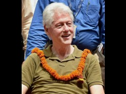 Bill Clinton Visited Village In Uttar Pradesh Did Charity Work