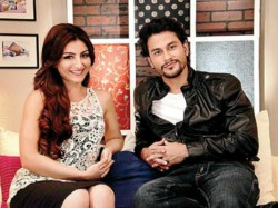 Kunal Khemu And Soha Ali Khan Complete Their Engagement In Paris