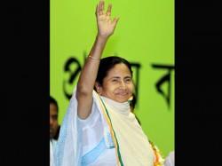 Mamata Banerjee Greets People On Janmashtami