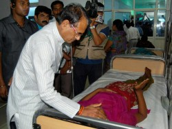 Stampede On The Way To Temple 10 People Killed In Madhya Pradesh