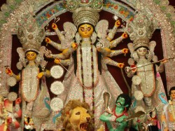 Puja Clubs Expected To Have Big Crowd On Ashtami Night