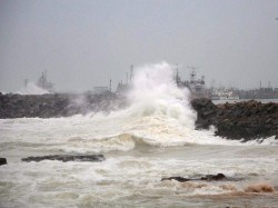 Hudhud Becomes More Powerful Wind Speed May Reach 195 Kmph