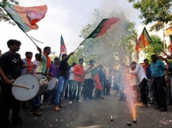 Bjp Becomes First Party To Win Over 100 Seats In Maharashtra In 24 Years