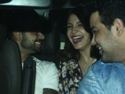 See Pics Anushka Sharma Virat Kohli Party Hard At Bandra
