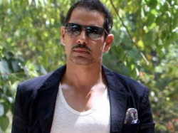 Robert Vadra Makes Illegal Profit Of Rs 44 Crore Cag He Loses Cool Attacks Journo