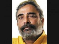 Saradha Cbi Grills Veteran Journalist Suman Chattopadhyaya