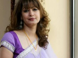 Mysterious Death Sunanda Pushkar Police Find New Evidence Hotel Room