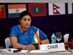 Smriti Irani Might Be President Of India One Day Says Astrologer