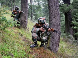 Clash In Uri Three Terrorists And Five Security Personnel Killed