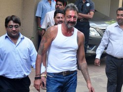 Sanjay Dutt Out On Furlough Lost Weigh