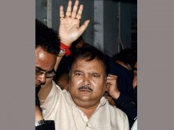 Transport Minister Madan Mitra Leaves Sskm Goes To Jail Again