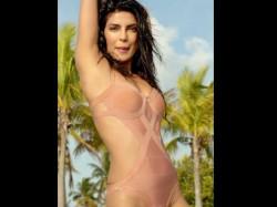 Priyanka Chopra Awkward To Walk In Bikini On Stage