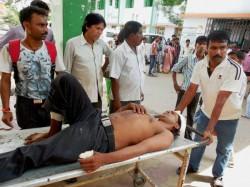 Cp And Tmcp Clash In Acharya Jagadish Chandra Bose College