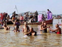 Over 100 Dead Bodies Found Afloat In Ganga In Uttar Pradesh Probe Ordered