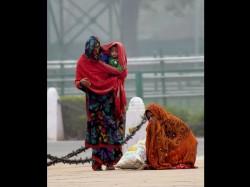 Kolkata Shivers As Temperature Drops Further