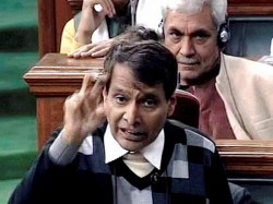 Hey Prabhu Railway Minister Puns On His Name Amuses Parliament