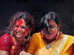 West Bengal Celebrates Holi