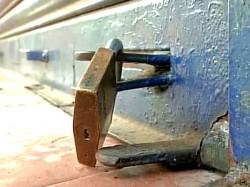 West Bengal Observes Strike Affect Normal Life