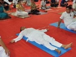 Railway Minister Suresh Prabhu Falls Asleep While Performing Yoga