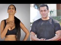 Poonam Pandey Beats Salman Khan