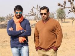 Bajrangi Bhaijaan In Trouble Salman Khan Gets Legal Notice