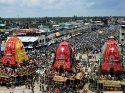 Dead 20 Injured In Puri Rath Yatra Stampede