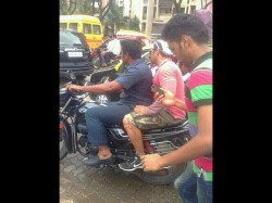 Pics Salman Khan On The Run While Fans Chase Him In Mumbai