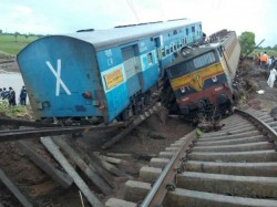 Two Passenger Trains Derail In Madhya Pradesh Several People Were Killed