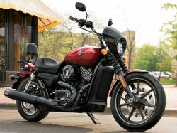 Hyderabad Man Speeds Away With Rs 6 Lakh Harley Davidson On Pretext Of Test Drive