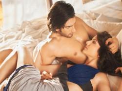 Hot Ranveer Singh To Romance Anushka Sharma In Aditya S Befikre