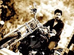 Rohit Shetty Gifts Shahrukh Khan Harley Davidson Bike