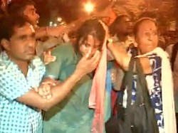In Rally Left Cadres And Leaders Are Beaten By Bengal Police